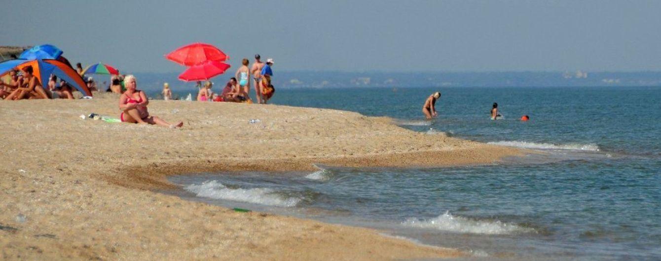 У Бердянськупотонув дідусь, його 7-річного онука шукають у морі