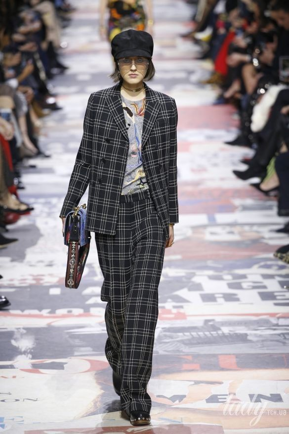 Коллекция Christian Dior прет-а-порте сезона осень-зима 2018-2019_11