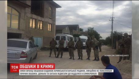 Нові обшуки на окупованому півострові. У місті Старий Крим затримали доньку Юнуса Сейтумерова
