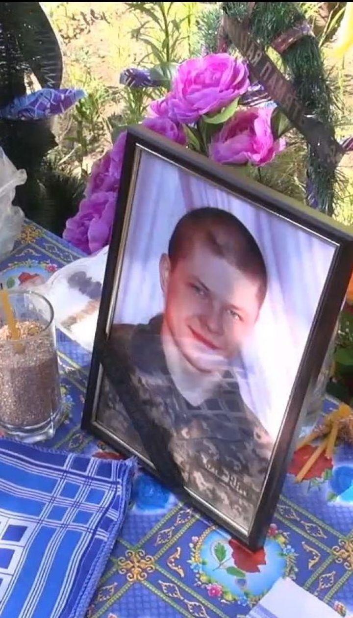 Артилерійські обстріли у Новотошківському забрали життя одного із бійців
