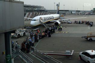 """Почти 20 направлений по неслыханным ценам: """"Борисполь"""" согласовал все рейсы с лоукостом Ryanair"""
