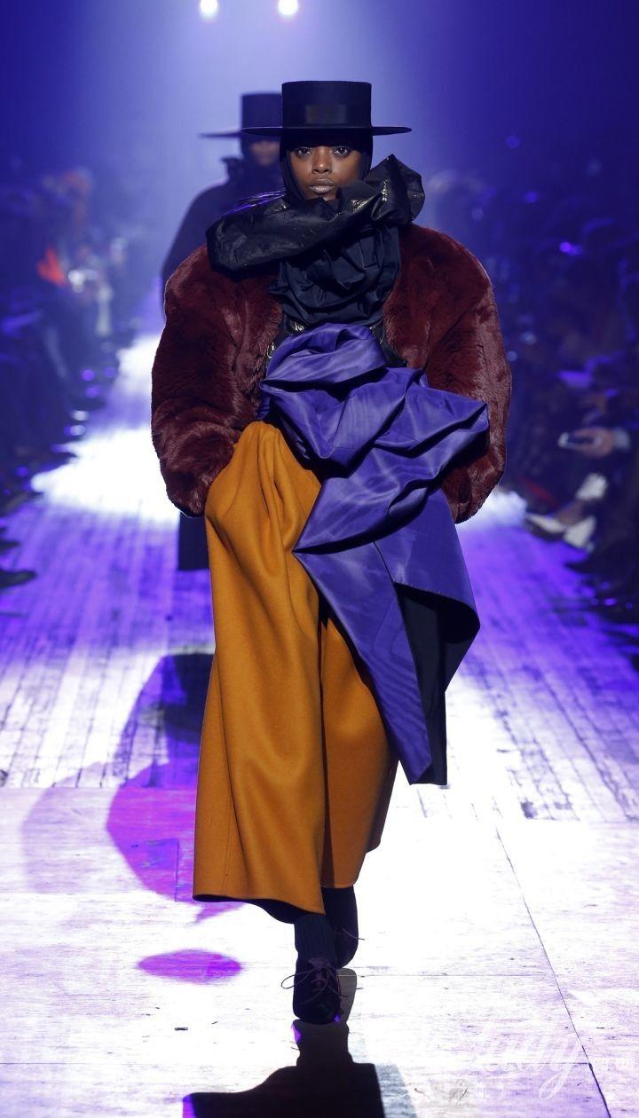 Коллекция Marc Jacobs прет-а-порте сезона осень-зима 2018-2019 @ East News