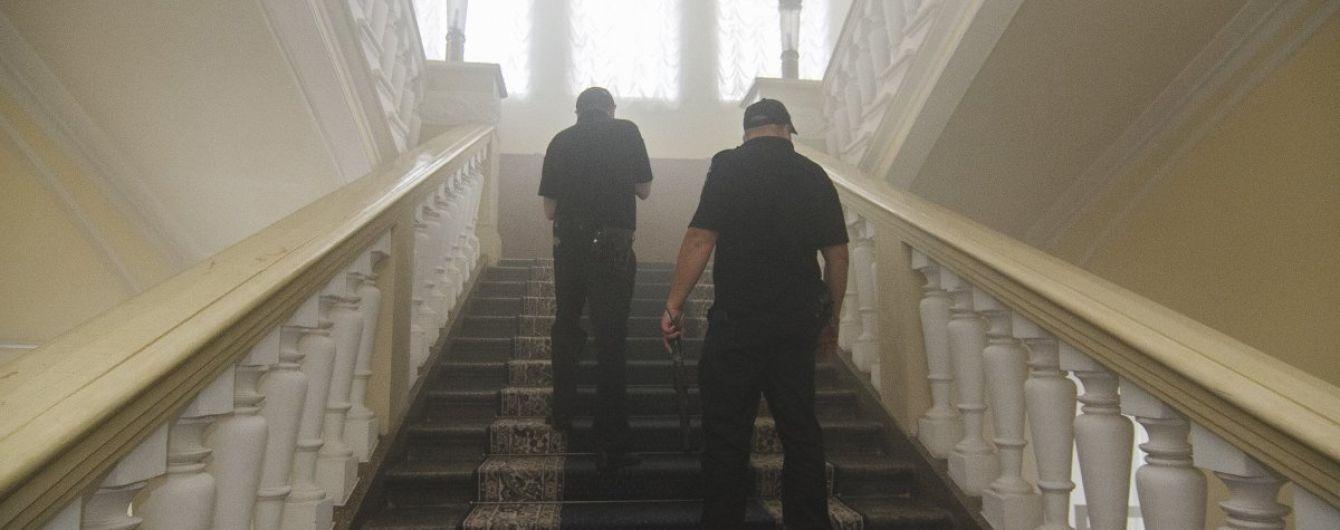 В Харькове возросло количество пострадавших в результате столкновений с дымовыми шашками в горсовете