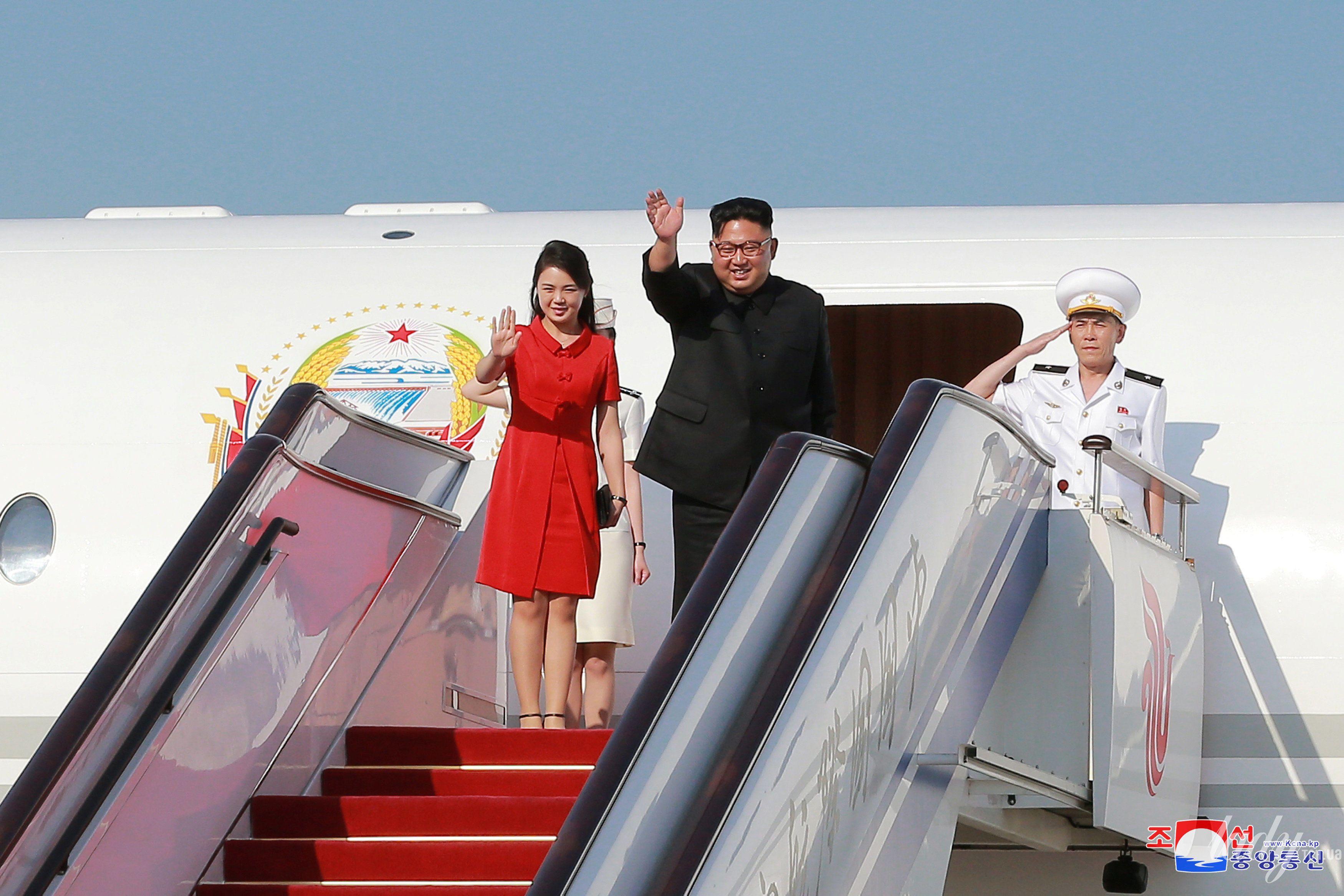 Жена лидера КНДР Ли Соль Чжу_3