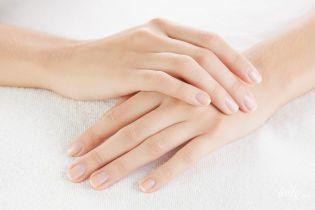 Как бороться с расслоением ногтей
