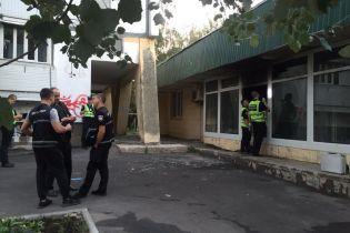 """В """"Ощадбанке"""" сообщили, что во время поджога банка наличка не пострадала"""