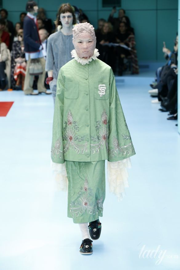 Коллекция Gucci прет-а-порте сезона осень-зима 2018-2019_13