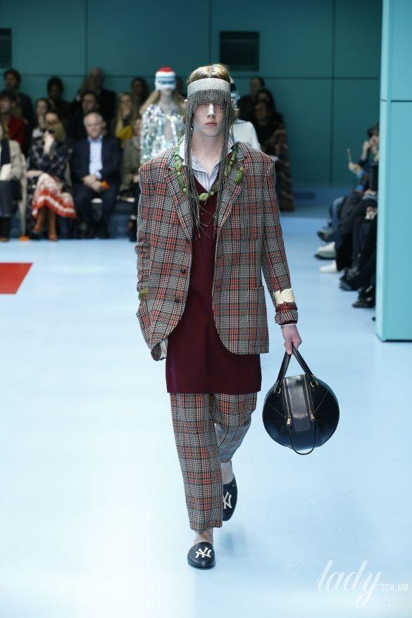 Коллекция Gucci прет-а-порте сезона осень-зима 2018-2019_53