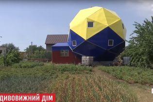 """Самовольным застройкам украинцев объявили """"строительную амнистию"""""""