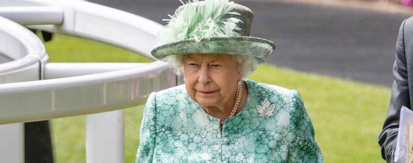 По итогам скачек в Аскоте: пять ярких образов королевы Елизаветы II