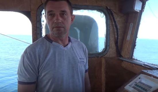 В окупованому Криму звільнили капітана українського судна ЯМК-0041 Віктора Новицького