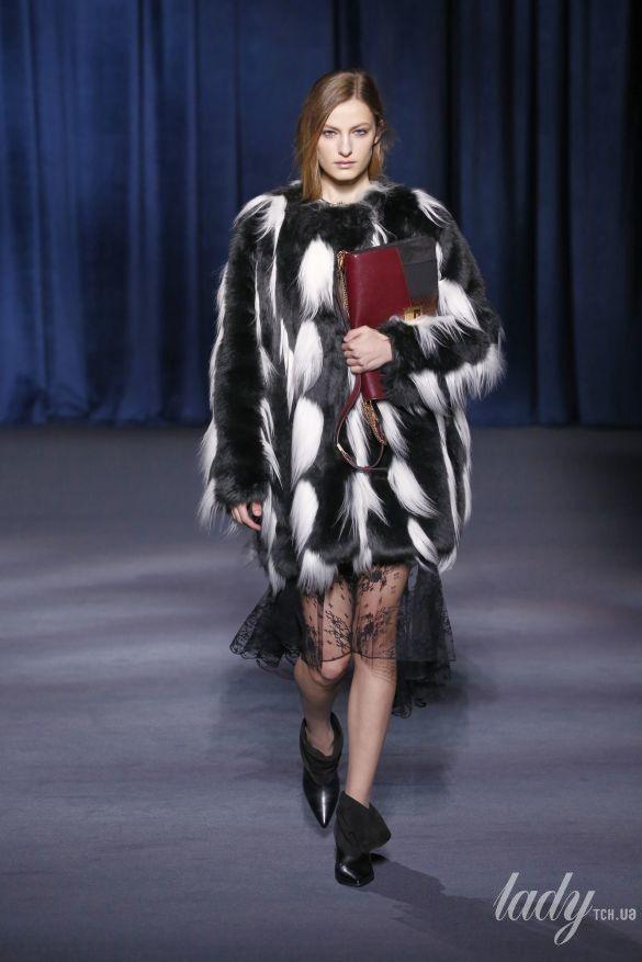 Коллеекция Givenchy прет-а-порте сезона осень-зима 2018-2019_37