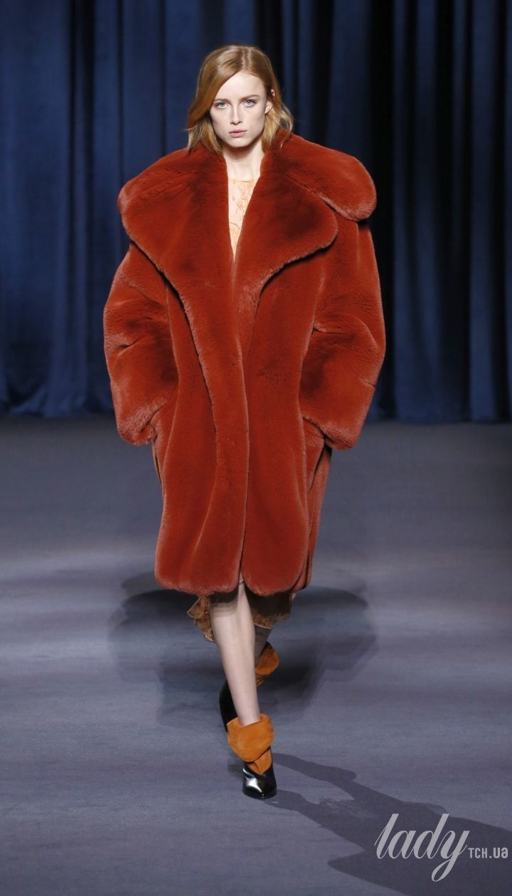 Коллеекция Givenchy прет-а-порте сезона осень-зима 2018-2019 @ East News