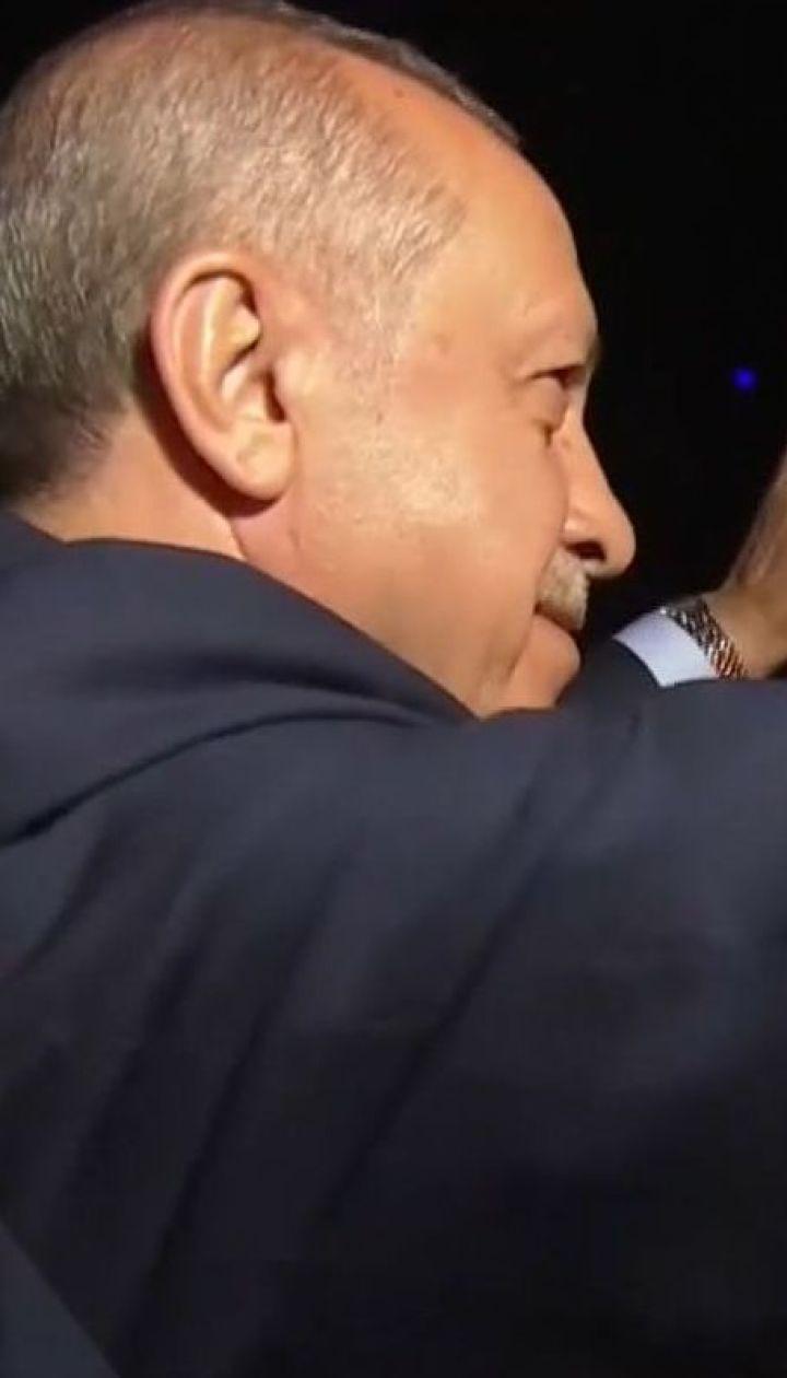 Туреччина перетворюється на президентську республіку на чолі з Реджепом Ердоганом