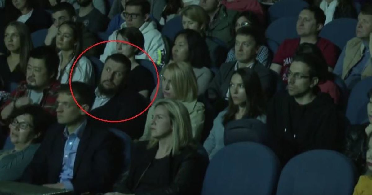 Экс-министр Клименко учится как зарабатывать в Youtube у Дудя