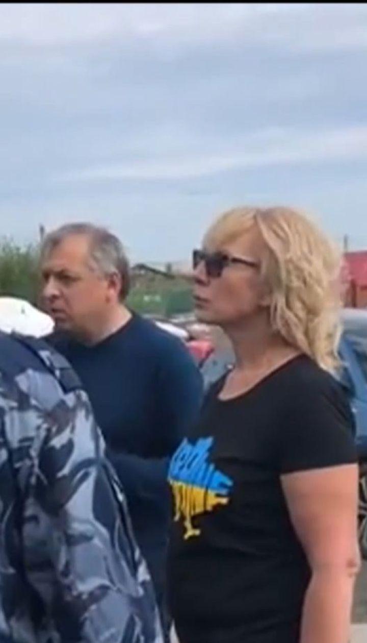 Людмилу Денісову так і не пустили до Олега Сенцова, який голодує вже 47-й день