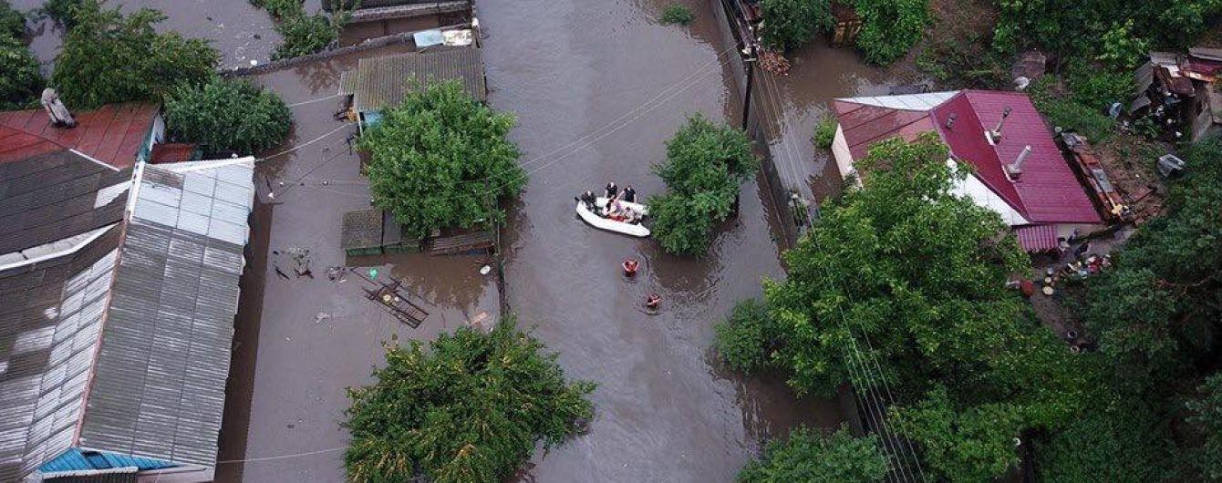 В Чернигове мощные ливни затопили улицы: в канализационных сетях аварийная ситуация