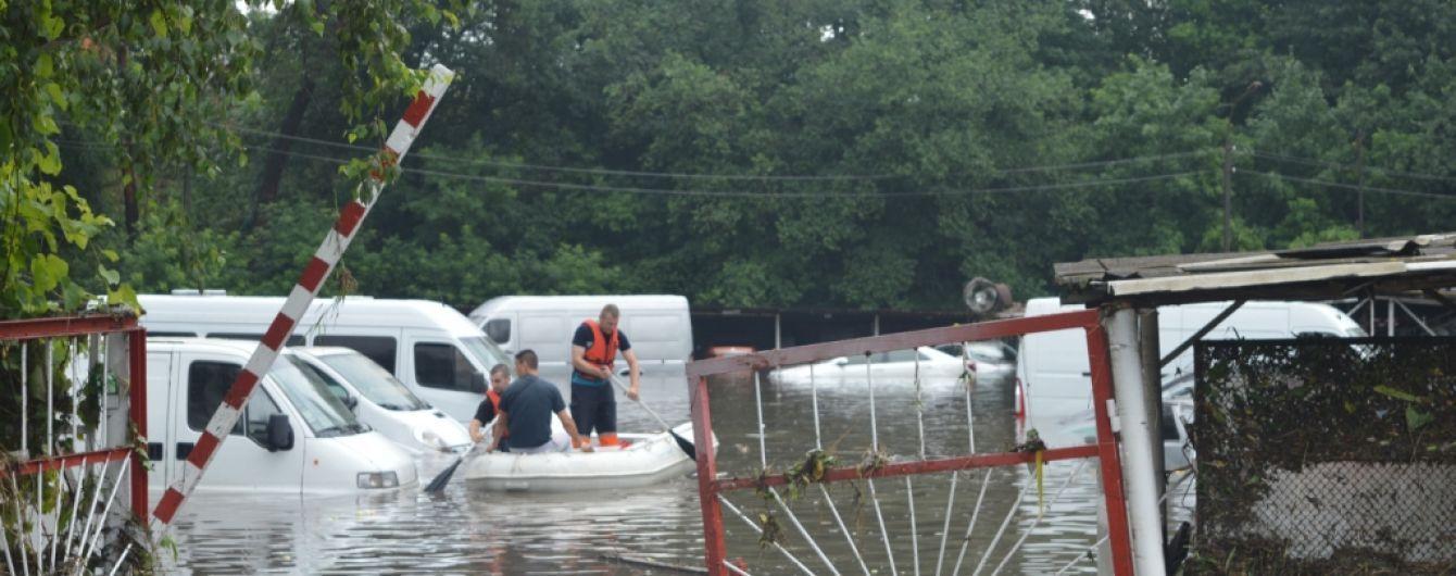 Мер Чернігова побажав здоров'я тим, хто зловтішався з потопу в місті