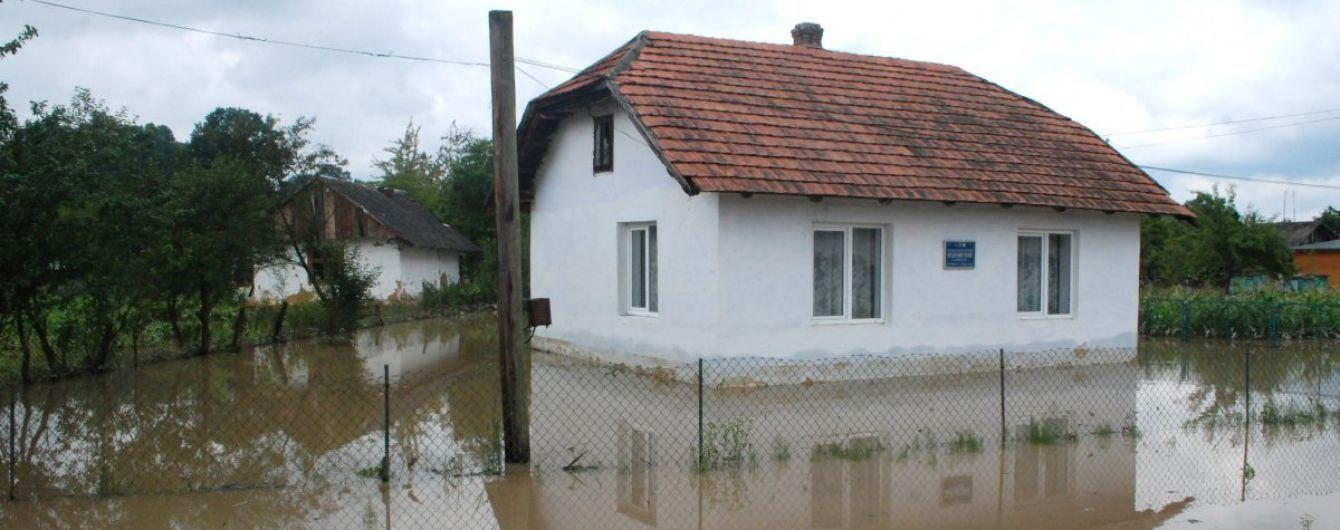 Синоптики предупредили об ухудшении погодных условий и значительном повышении уровня воды в реках Украины