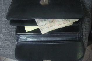 Россиянин пытался вывезти из Украины коллекцию старинных банкнот