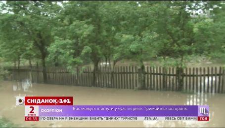 Экстремальные выходные: непогода нанесла ущерб по всей Украине
