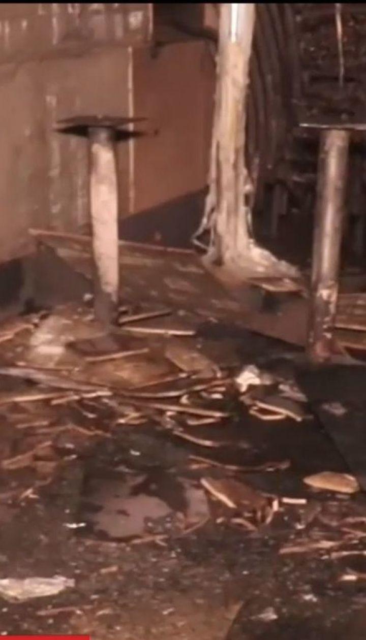 Ночной пожар: в Киеве выгорела терраса ресторана бразильской кухни