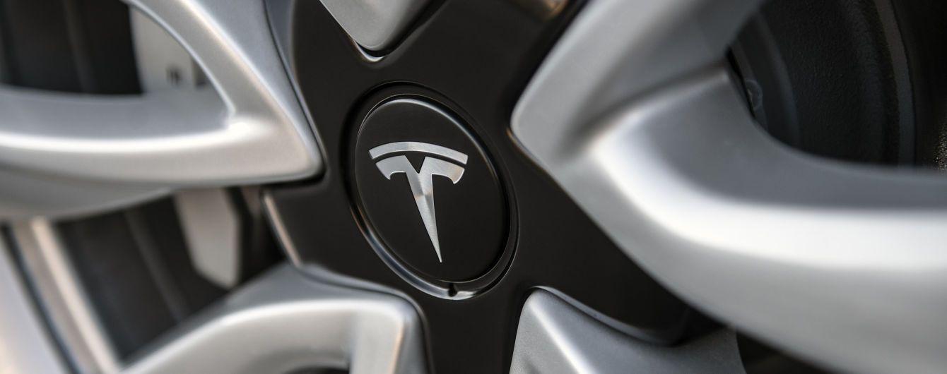 Звинувачений у саботажі колишній співробітник Tesla публічно збирає гроші на адвокатів