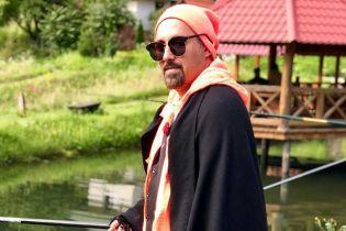 Всегда стильный: Дима Коляденко сходил на рыбалку