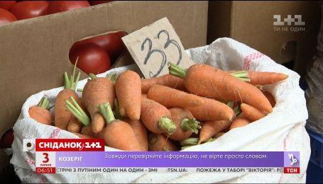 Чи купують українці рекордно дорогу молоду моркву