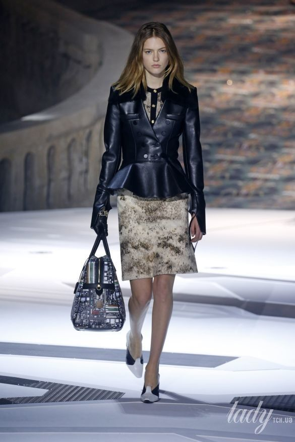 Коллекция Louis Vuitton прет-а-порте сезона осень-зима 2018-2019_19
