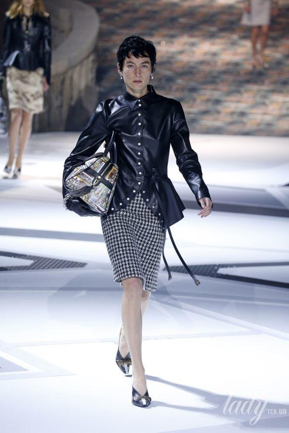 Коллекция Louis Vuitton прет-а-порте сезона осень-зима 2018-2019_18