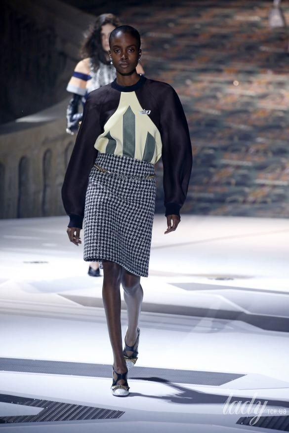 Коллекция Louis Vuitton прет-а-порте сезона осень-зима 2018-2019_13