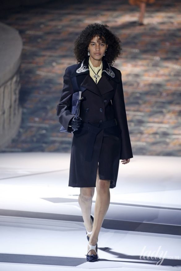 Коллекция Louis Vuitton прет-а-порте сезона осень-зима 2018-2019_30