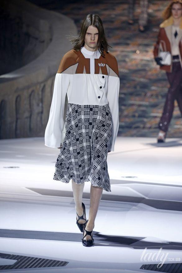 Коллекция Louis Vuitton прет-а-порте сезона осень-зима 2018-2019_36