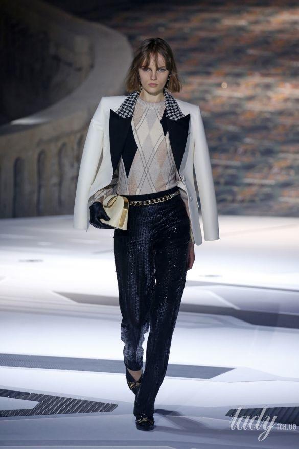 Коллекция Louis Vuitton прет-а-порте сезона осень-зима 2018-2019_42