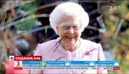 Елизавета II отказалась от операции