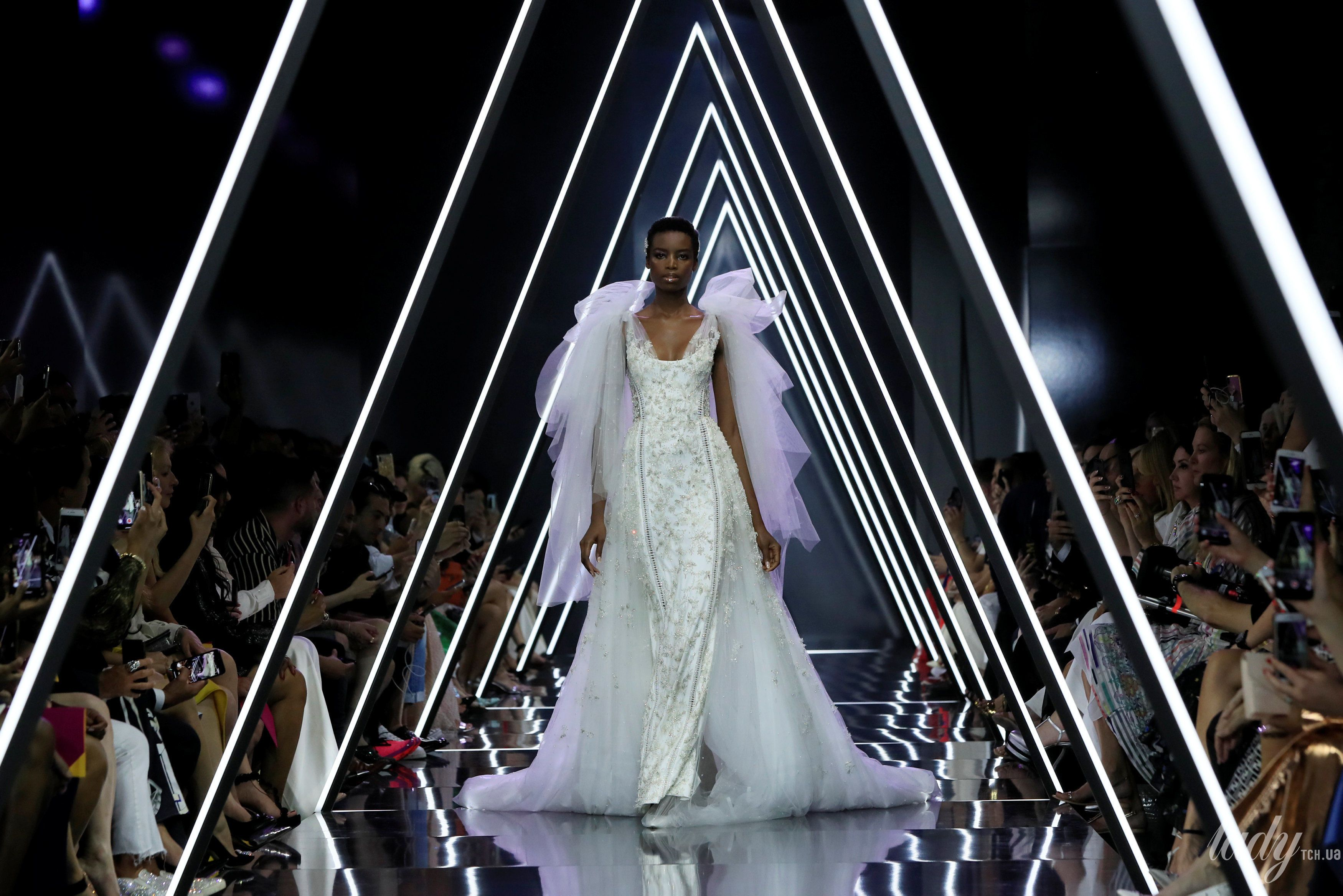 Показ Ralph & Russo Couture_1