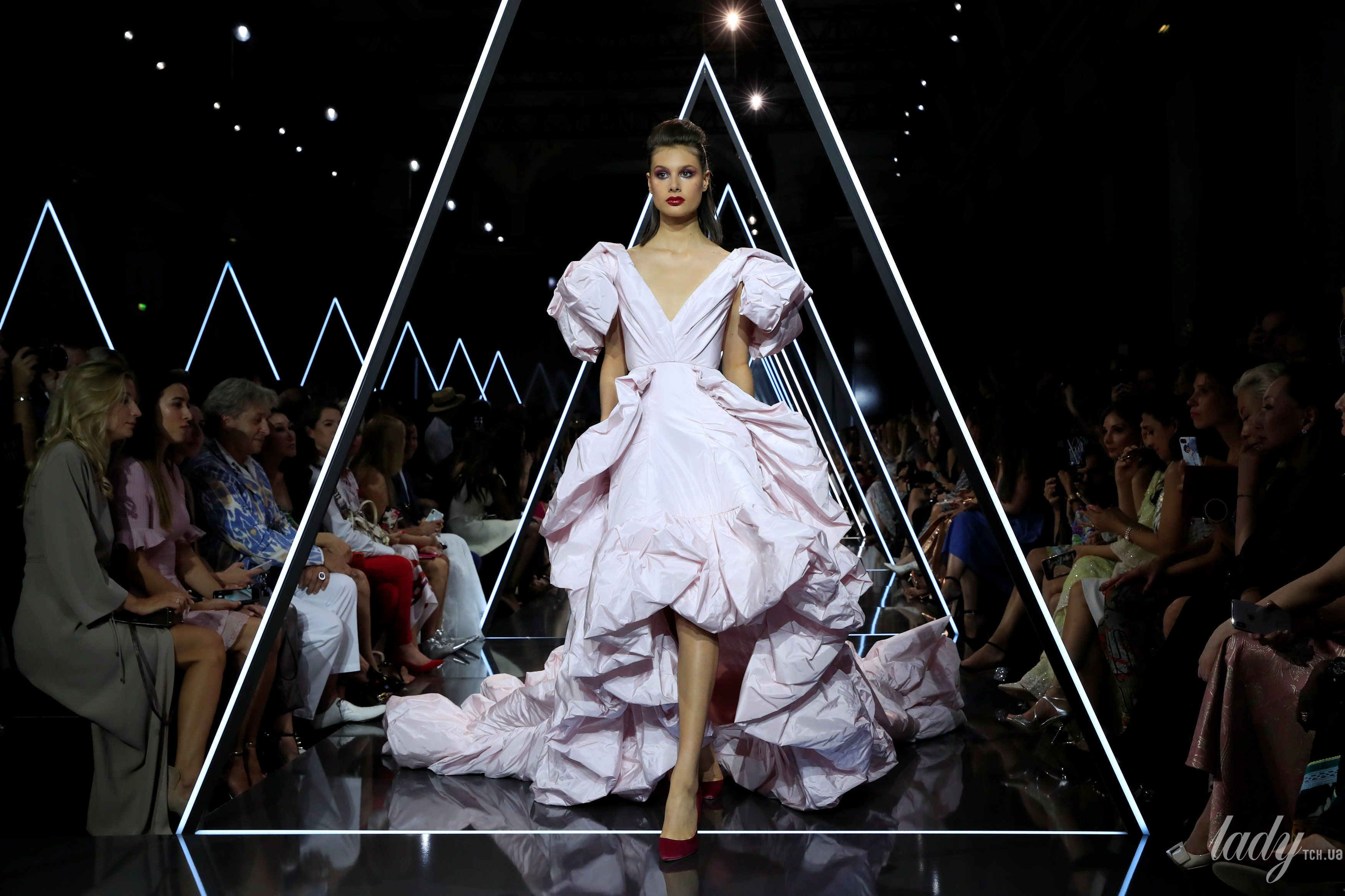 Показ Ralph & Russo Couture_10
