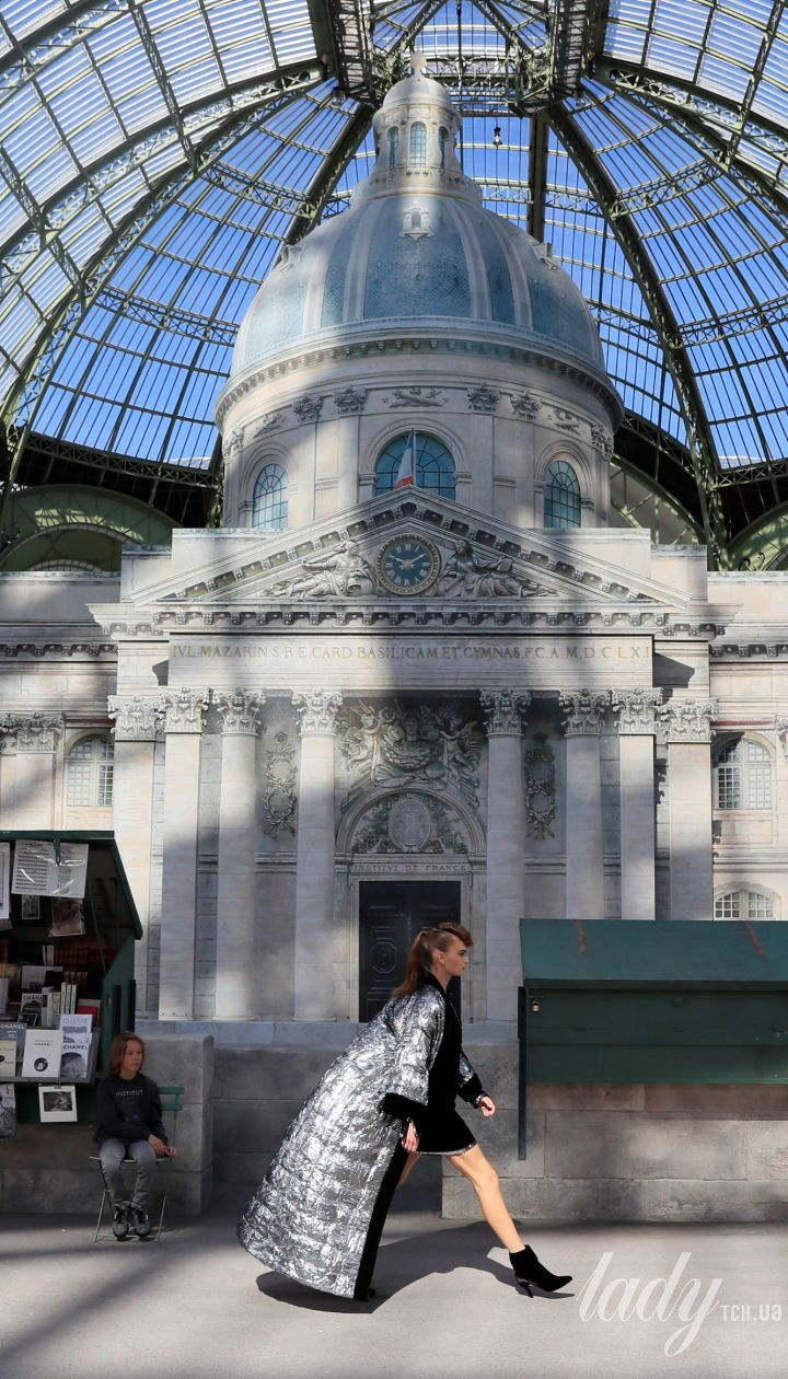 Показ кутюрної колекції Chanel