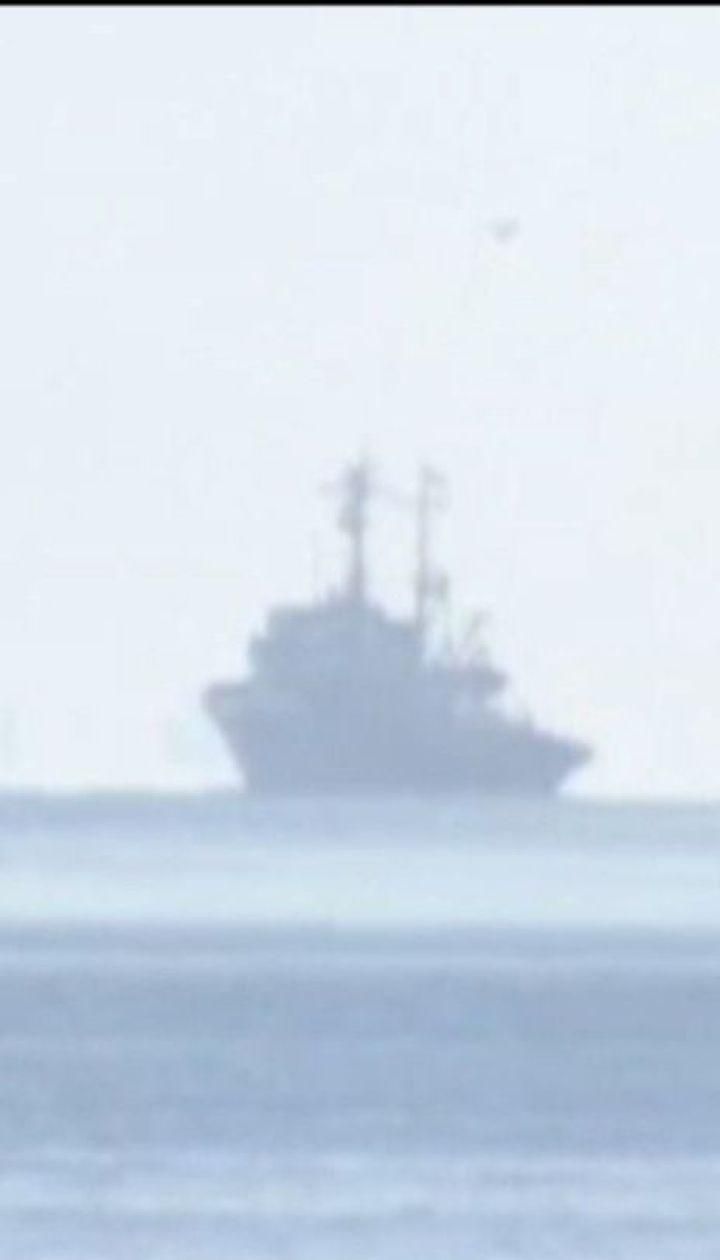 За допомогою військових уряд хоче підігнати до берега судна, які відмовляються від розмитнення