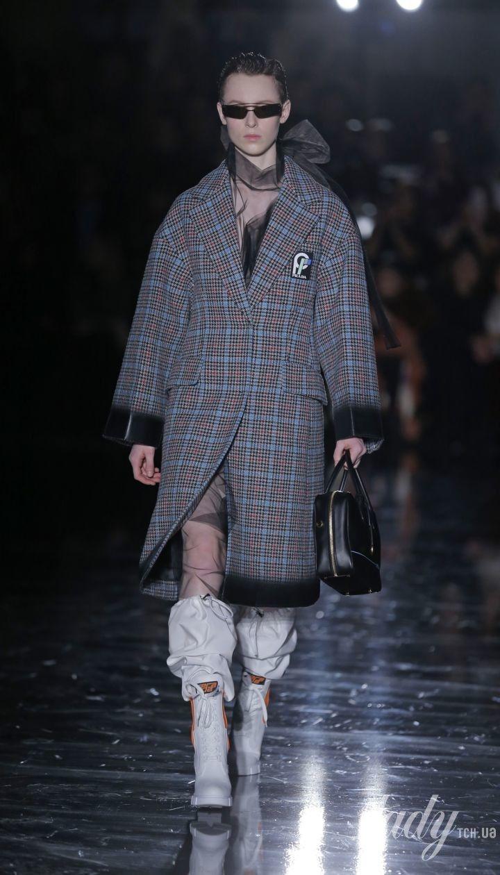 Коллекция Prada прет-а-порте сезона осень-зима 2018-2019 @ East News