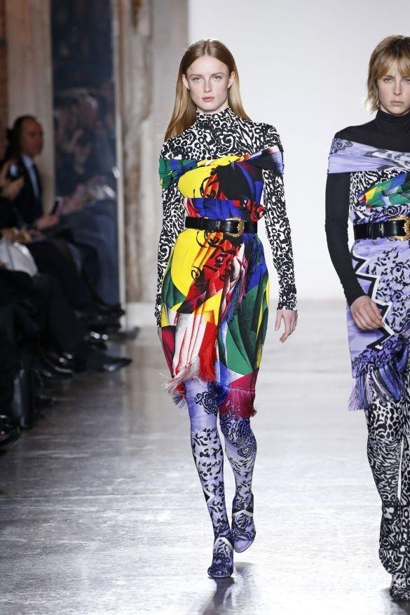 Коллекция Versace прет-а-порте сезона осень-зима 2018-2019_52