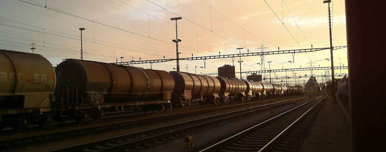 На Хмельниччині водій вантажівки загинув внаслідок зіткнення з вагоном поїзда