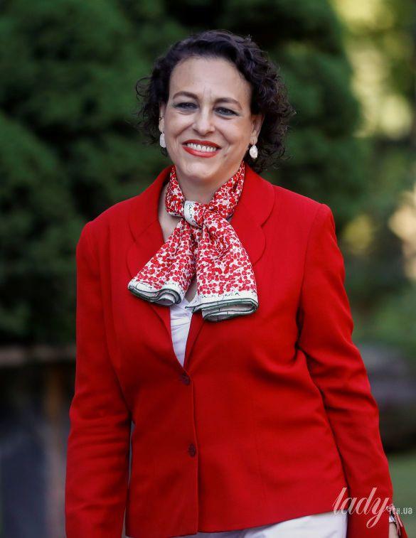 Министр труда Испании Магдалена Валерио_4