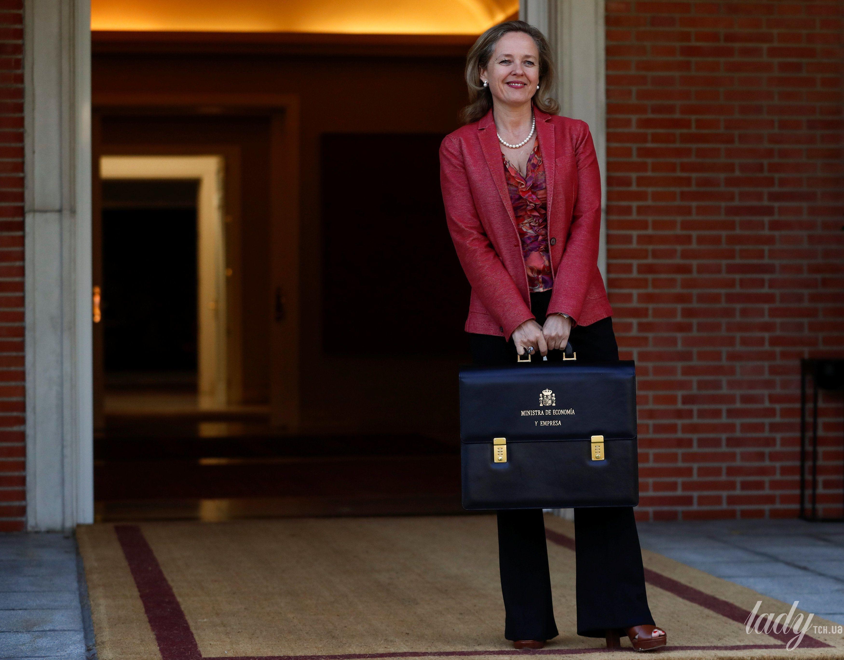 Министр экономики Испании Надя Кальвино_1