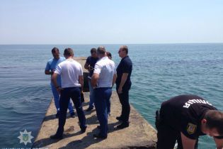 В Одессе обнаружили тело утопленника, на котором была сумка с камнями