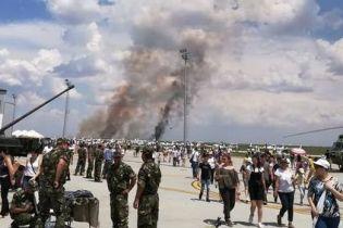 В Румынии во время показательного полета разбился истребитель