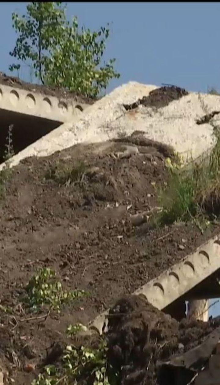 На Чернігівщині троє підлітків загинули під час обвалу у недобудованій будівлі