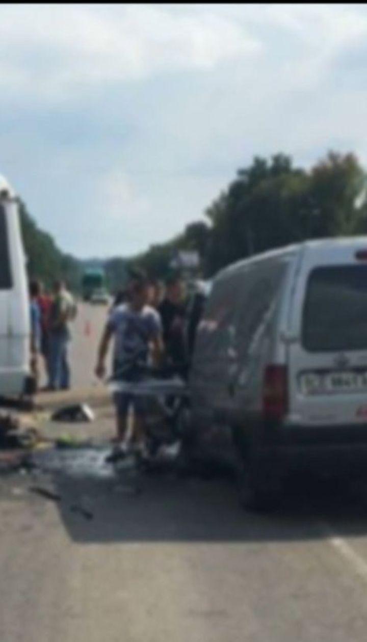 На Буковине водитель маршрутки заснул и создал смертельное ДТП