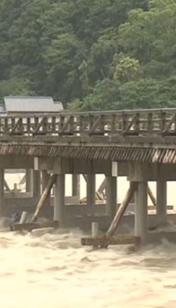 У Японії через сильні зливи загинуло щонайменше 38 людей